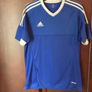 Men's adidas short sleeve shirt size medium